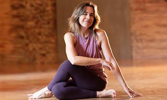 Yoga Pratiğinin Nasıl Olması Gerektiğini Julia Roberts'tan Öğrendim